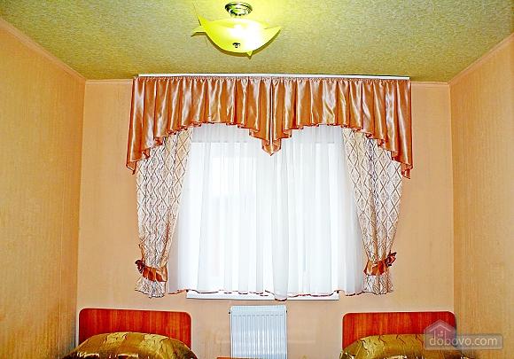 Комната с удобствами на этаже, 1-комнатная (11818), 003