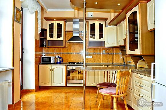 Beautiful apartment near to Olympiyskyi stadium , One Bedroom (70369), 004