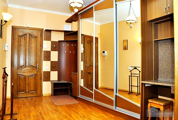 Beautiful apartment near to Olympiyskyi stadium , One Bedroom (70369), 009