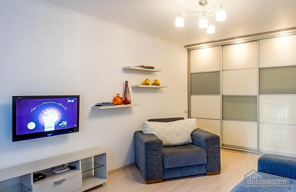 Апартаменты люкс в современном стиле, 2х-комнатная (34470), 004