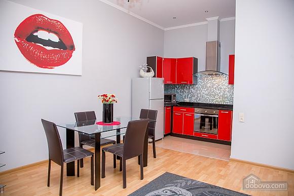 Апартаменты в центре, 2х-комнатная (97814), 008