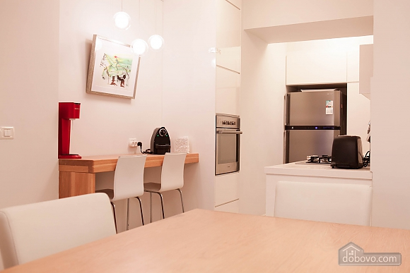 Amsterdam Bazel, Three Bedroom (94443), 008