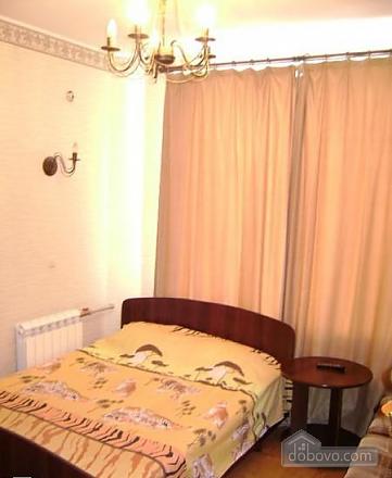 Отличный комфортный номер в мини-гостинице, 5ти-комнатная (96421), 009