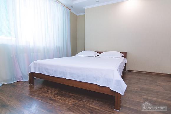 Новострой евроремонт в центре, 1-комнатная (80635), 001