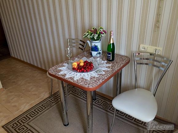 Чудова квартира в самому центрі Чернігова, 1-кімнатна (58038), 008