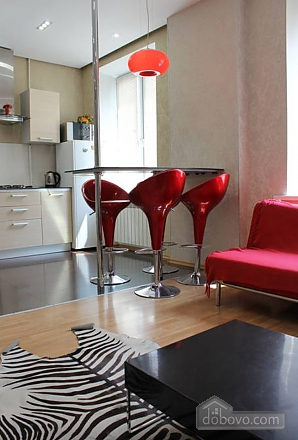 Apartment in the city center, One Bedroom (13910), 004
