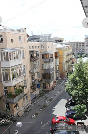 Apartment in the city center, One Bedroom (13910), 011