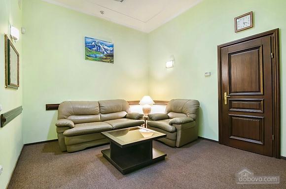 Апартаменти в центрі, 1-кімнатна (41028), 007