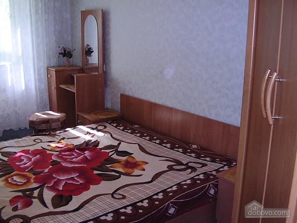 Apartment in Cosmonavtiv park Segedska street Haharina avenue, Dreizimmerwohnung (98754), 001