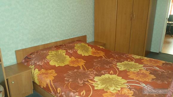 Apartment in Cosmonavtiv park Segedska street Haharina avenue, Dreizimmerwohnung (98754), 010