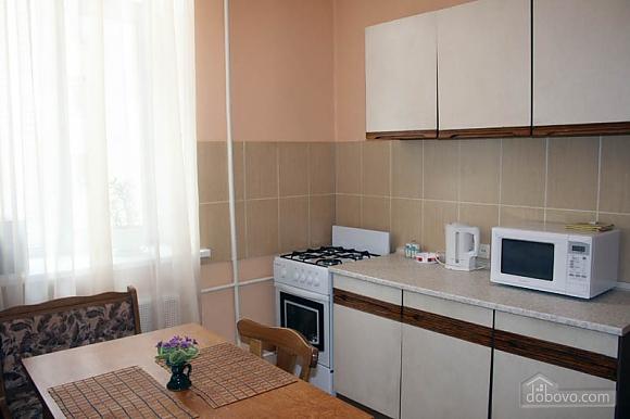 Квартира в районе Ж/Д вокзала, 1-комнатная (55056), 002