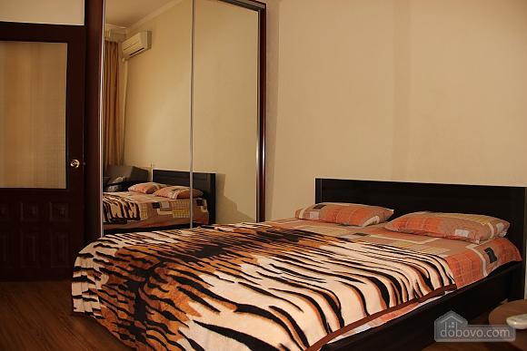 Квартира в районе Ж/Д вокзала, 1-комнатная (55056), 001
