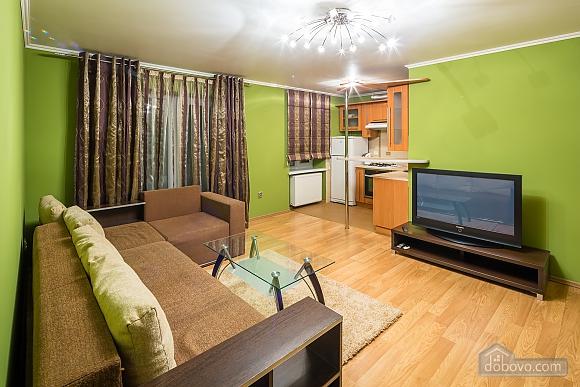 Apartment with a balcony in Lviv, Una Camera (40261), 004