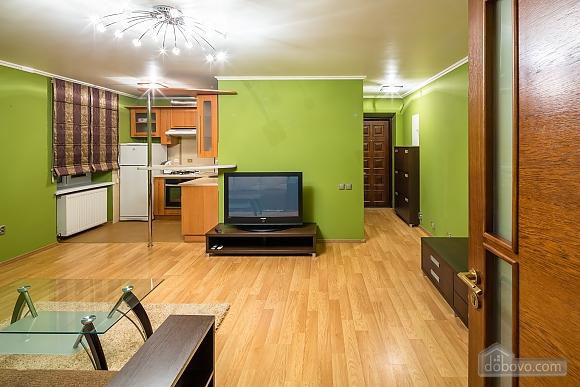 Apartment with a balcony in Lviv, Una Camera (40261), 006
