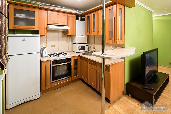 Apartment with a balcony in Lviv, Una Camera (40261), 009