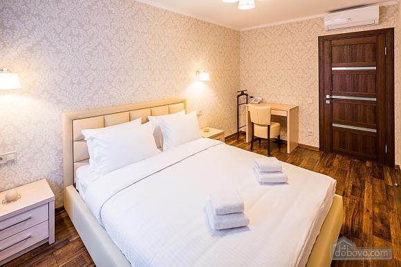 OK апартаменты, 2х-комнатная (18348), 002