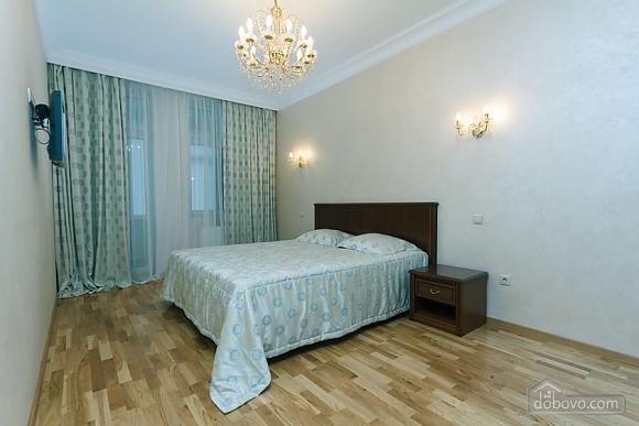 Люкс апартаменти в новому будинку, 3-кімнатна (47612), 006