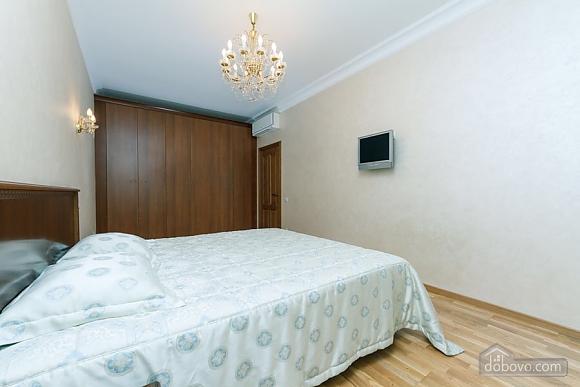 Люкс апартаменти в новому будинку, 3-кімнатна (47612), 007