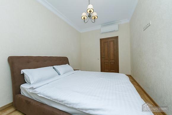 Люкс апартаменти в новому будинку, 3-кімнатна (47612), 009