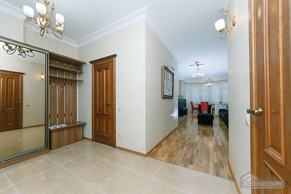 Люкс апартаменти в новому будинку, 3-кімнатна (47612), 013