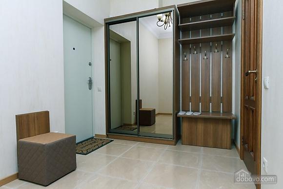 Люкс апартаменти в новому будинку, 3-кімнатна (47612), 012
