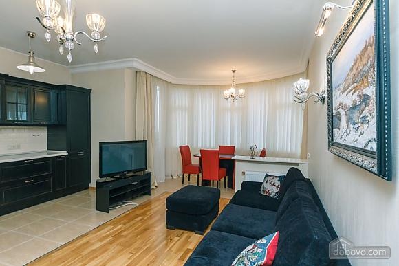 Люкс апартаменти в новому будинку, 3-кімнатна (47612), 018