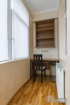 Люкс апартаменти в новому будинку, 3-кімнатна (47612), 019
