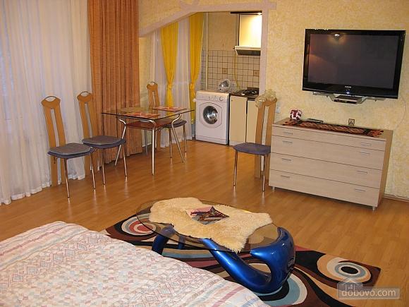 Сучасна студія в центрі, 1-кімнатна (98359), 004