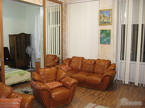 Spacious apartment in historic place, Dreizimmerwohnung (81100), 004
