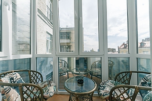 Cozy apartment at Sofievskaya square, One Bedroom, 004