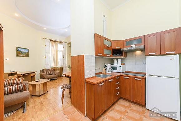 Уютная квартира на Софиевской площади, 2х-комнатная (95034), 007