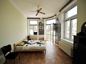 Apartment with separate bedrooms and lovely views, Tre Camere, 002