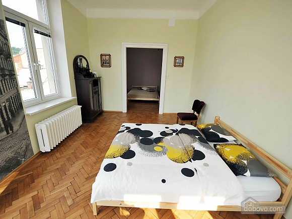 Apartment with separate bedrooms and lovely views, Tre Camere (96580), 005