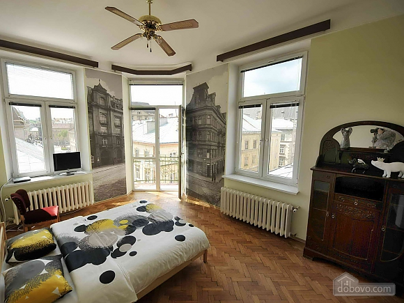 Apartment with separate bedrooms and lovely views, Tre Camere (96580), 010