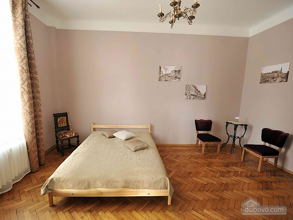 Apartment with separate bedrooms and lovely views, Tre Camere (96580), 011