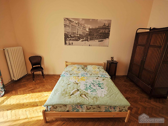 Apartment with separate bedrooms and lovely views, Tre Camere (96580), 014