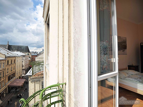 Apartment with separate bedrooms and lovely views, Tre Camere (96580), 016