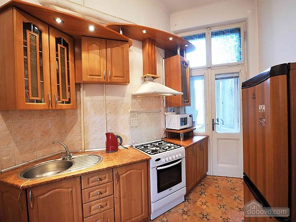 Apartment with separate bedrooms and lovely views, Tre Camere (96580), 032