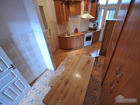 Apartment with separate bedrooms and lovely views, Tre Camere (96580), 035