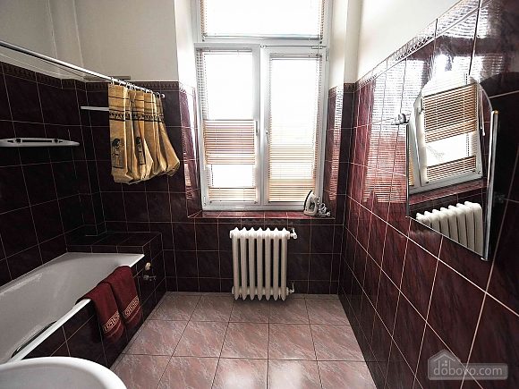 Apartment with separate bedrooms and lovely views, Tre Camere (96580), 039