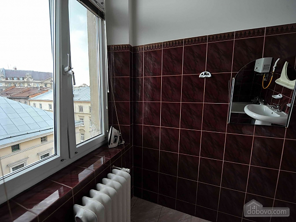 Apartment with separate bedrooms and lovely views, Tre Camere (96580), 041
