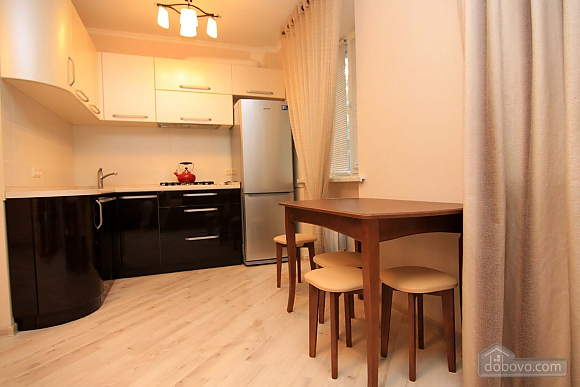 Elegant comfortable apartment in the historical center of Odessa, One Bedroom (13636), 003