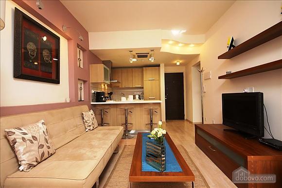 Двухкомнатная квартира на первом этаже, 2х-комнатная (84403), 005