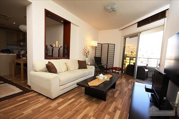Покращена двокімнатна квартира з боковим видом на море, 2-кімнатна (97706), 002