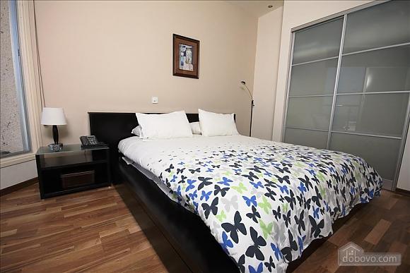 Покращена двокімнатна квартира з боковим видом на море, 2-кімнатна (97706), 004
