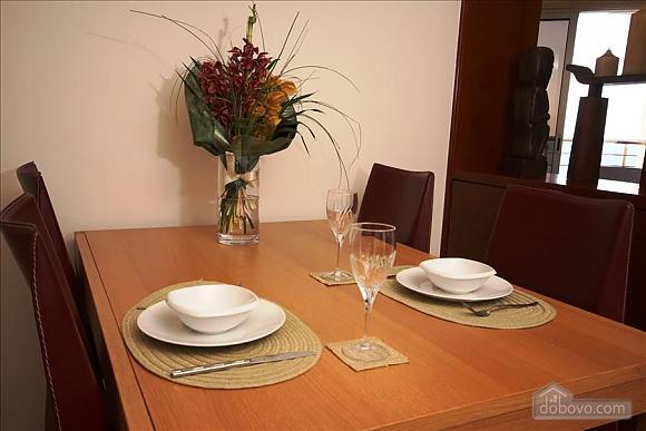 Покращена двокімнатна квартира з боковим видом на море, 2-кімнатна (97706), 012