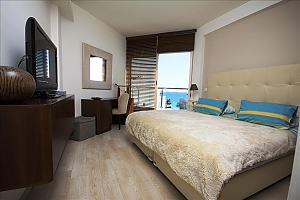 Two bedroom apartment with side sea view, Deux chambres, 001