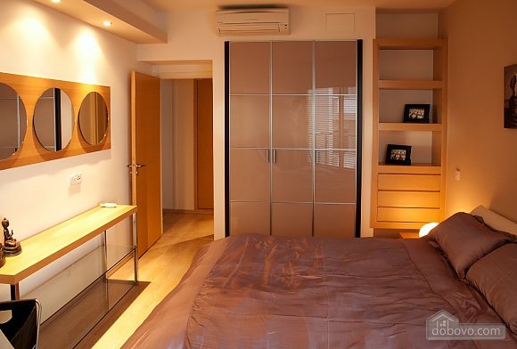 Superior one bedroom apartment with view on garden, Un chambre (17837), 006