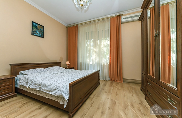 Comfort and convenience, Deux chambres (36373), 005