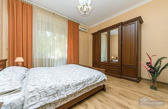 Comfort and convenience, Deux chambres (36373), 006